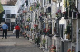 La comarca registra su mayor número de muertes y agranda la brecha con los nacimientos