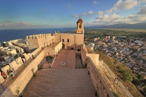 Cullera presenta l'etapa de La Vuelta amb eixida des del municipi