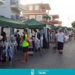 El Mercat de la platja d'Oliva torna aquest diumenge